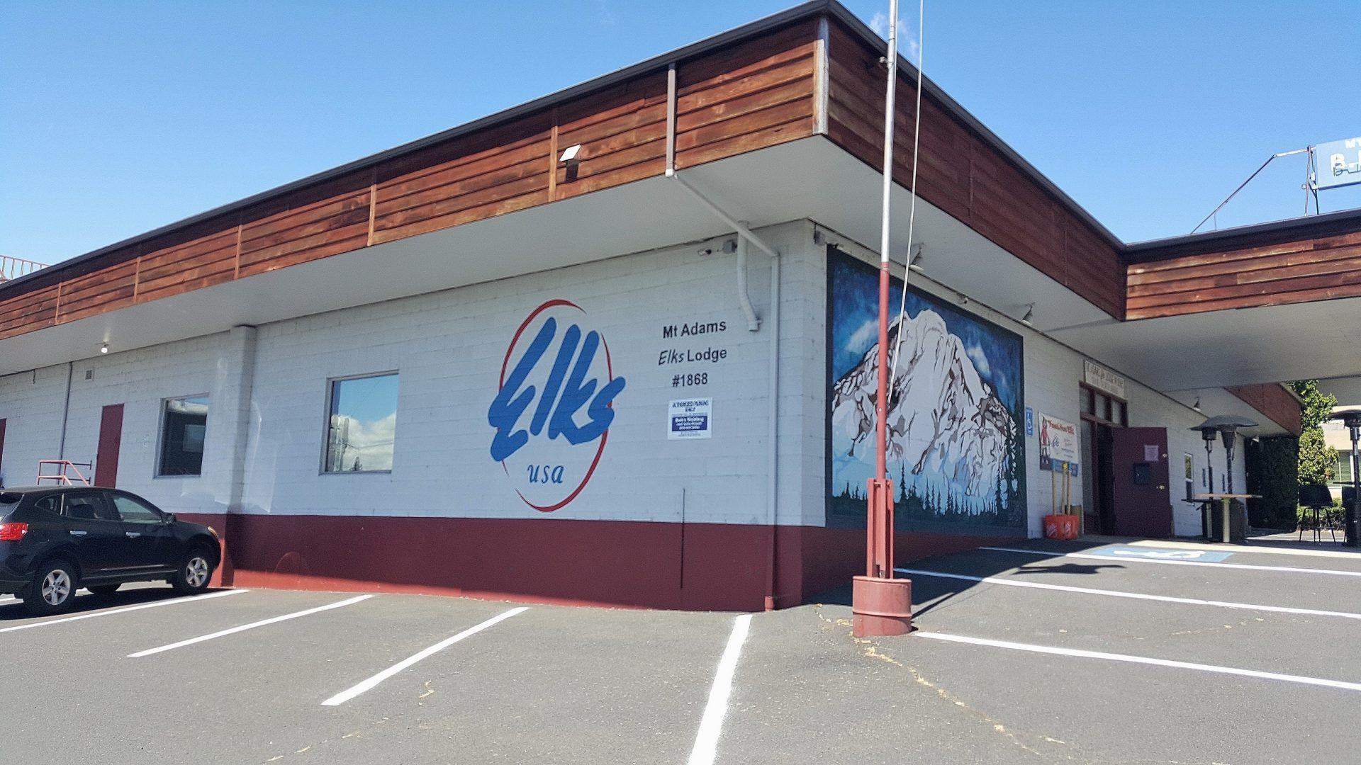 Mt Adams Club Exterior 1
